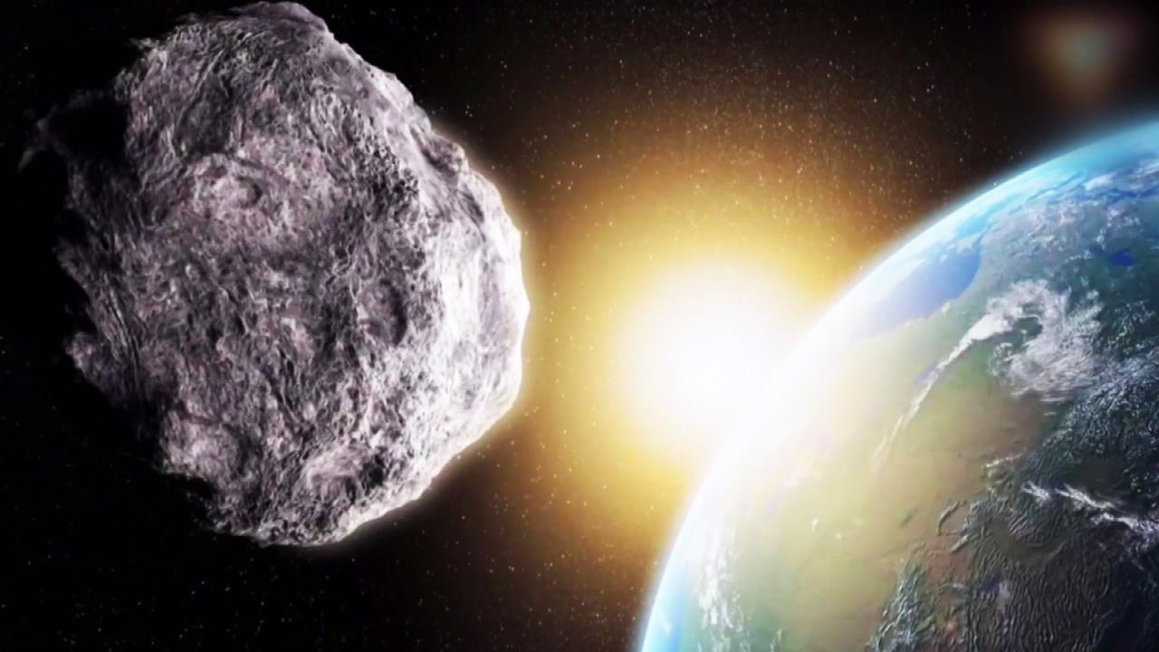오늘 집채만 한 소행성이 지구를 스쳐 간다