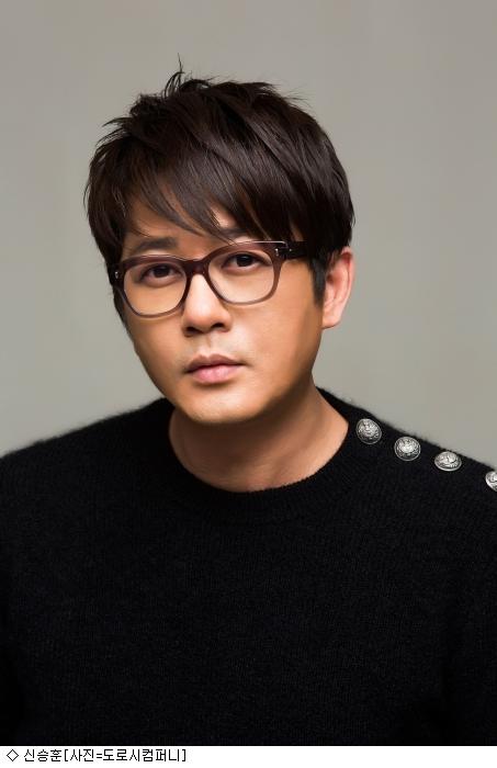 신승훈, '미우새' 스페셜MC...母벤져스 러브콜 성사됐다