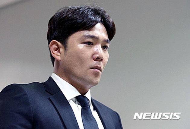 """'여친 폭행 논란' 강인, 공식 사과 """"자숙 중 물의 죄송"""""""