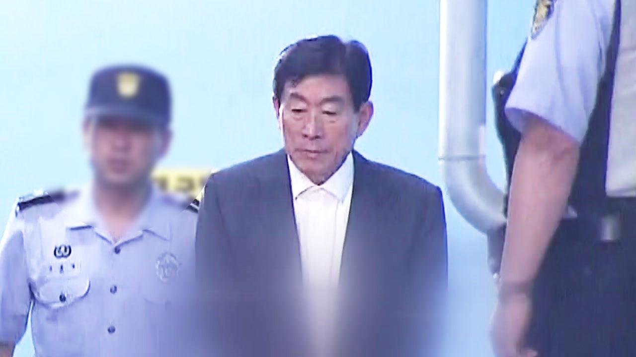 [취재N팩트] 원세훈, 이번에는 국정원 돈 빼돌린 혐의 포착