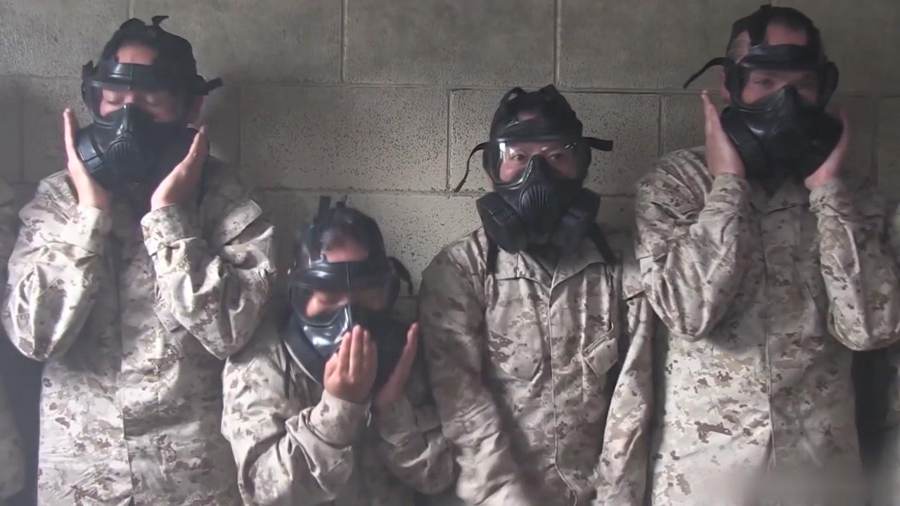 국적을 가리지 않는 '화생방 훈련'의 고통