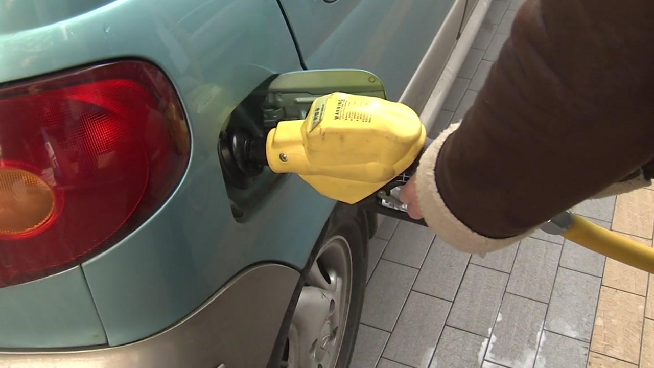 새해에도 기름값 고공행진...24주 연속 상승