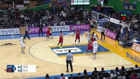 KCC, 삼성 꺾고 3연승...DB 1.5게임차 추격