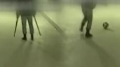 축구공 앞에서 무너진 가짜 장애인 행세