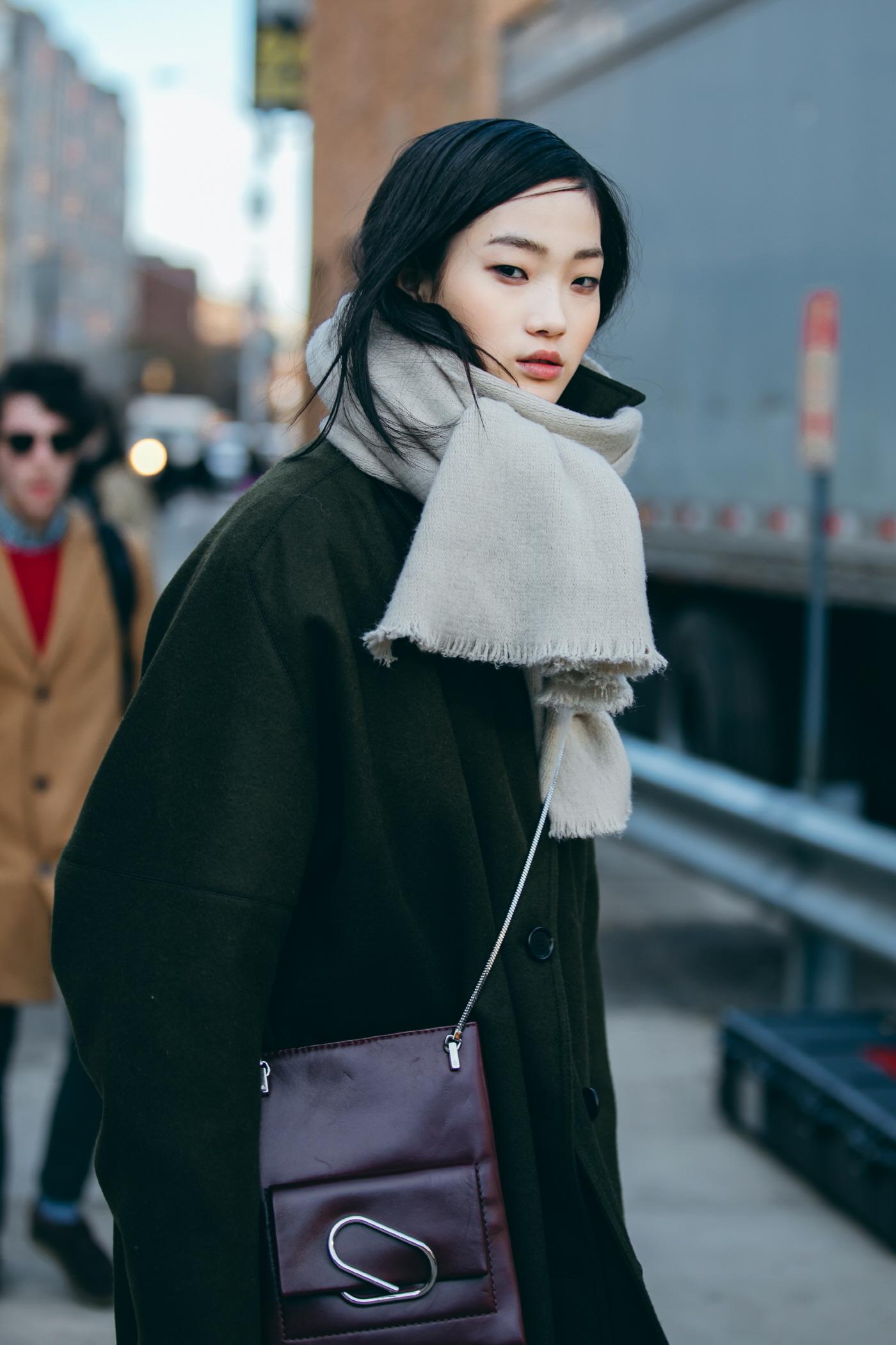 '시크함 그 자체' 뉴욕 스트리트에서 포착된 모델 신현지!