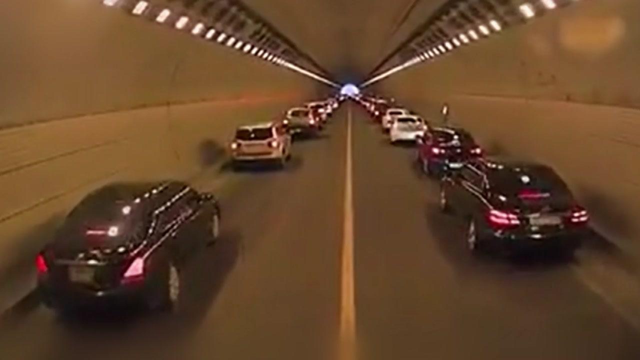 [영상] 길이 '쩍'...터널 속 '모세의 기적'