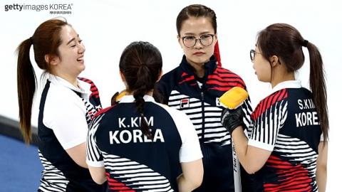 '방과 후 활동이 낳은 마늘 소녀들'… 외신도 반한 컬링 대표팀