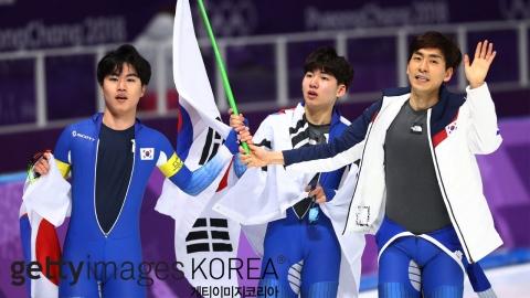빙속 남자 팀추월, 두개 대회 연속 은메달