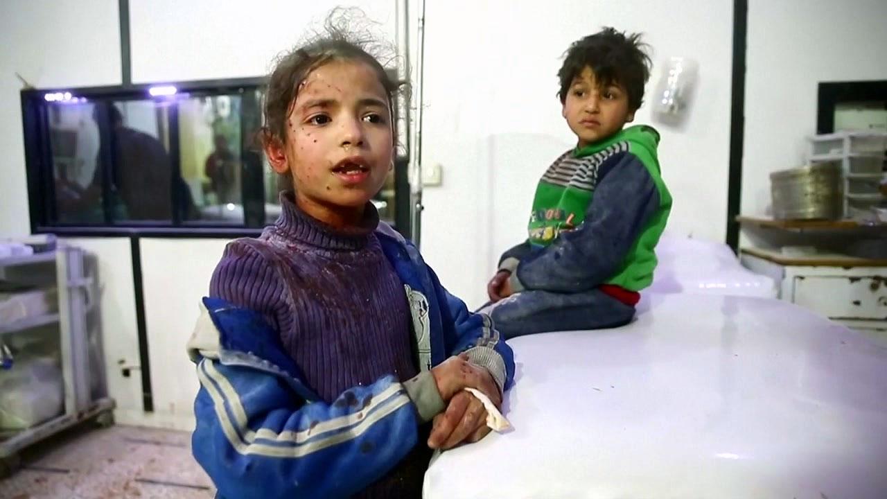 시리아 동구타 무차별 공격 계속...사망 500명 ·부상 2천 명 이상