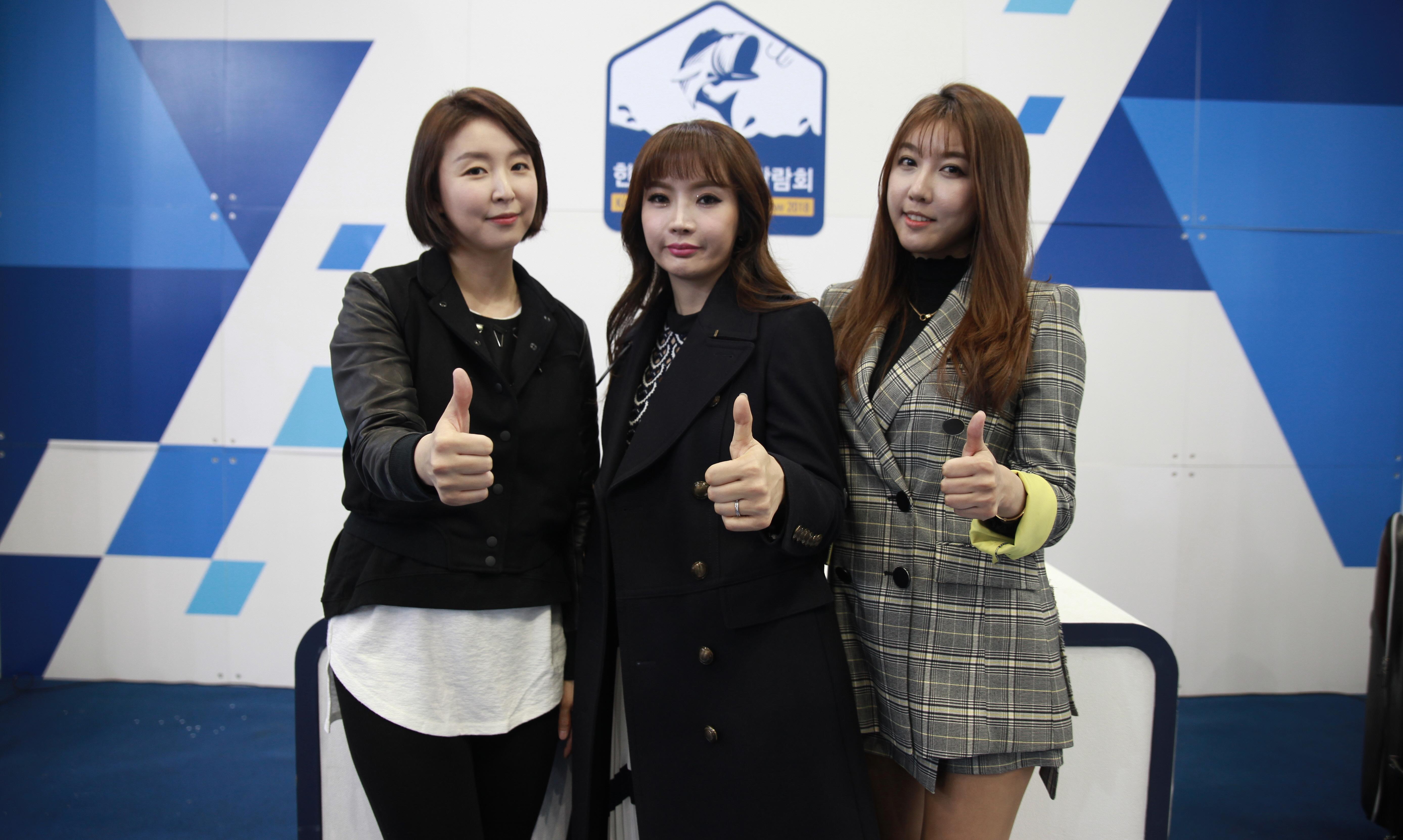 '피싱캠프 탁탁' 뉴페이스 이지희·최예진·정유리, '2018한국국제낚시박람회' 생방송 출연