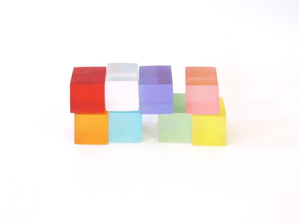 〔안정원의 건축 칼럼〕 8개의 큐브형 매스가 엇갈리듯 쌓아올려 구현한 수직 주거 1