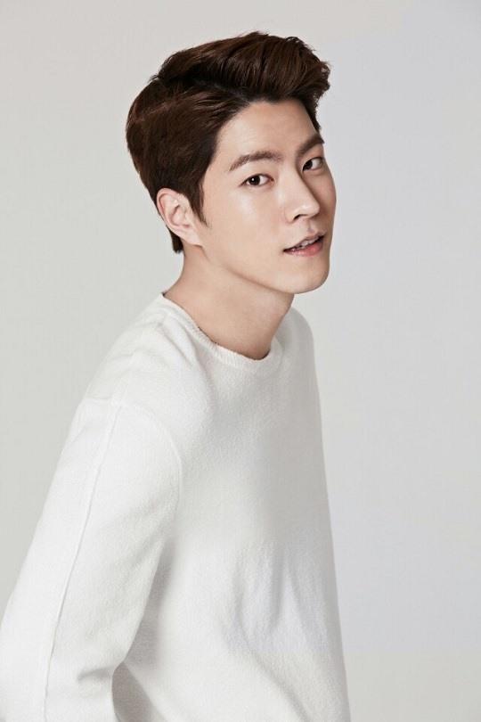 홍종현, 씨제스에 새 둥지...최민식·류준열과 한솥밥