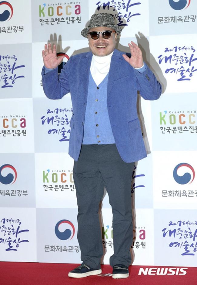 """김흥국 측 """"성폭행 의혹 사실무근…법적 대응 준비"""""""