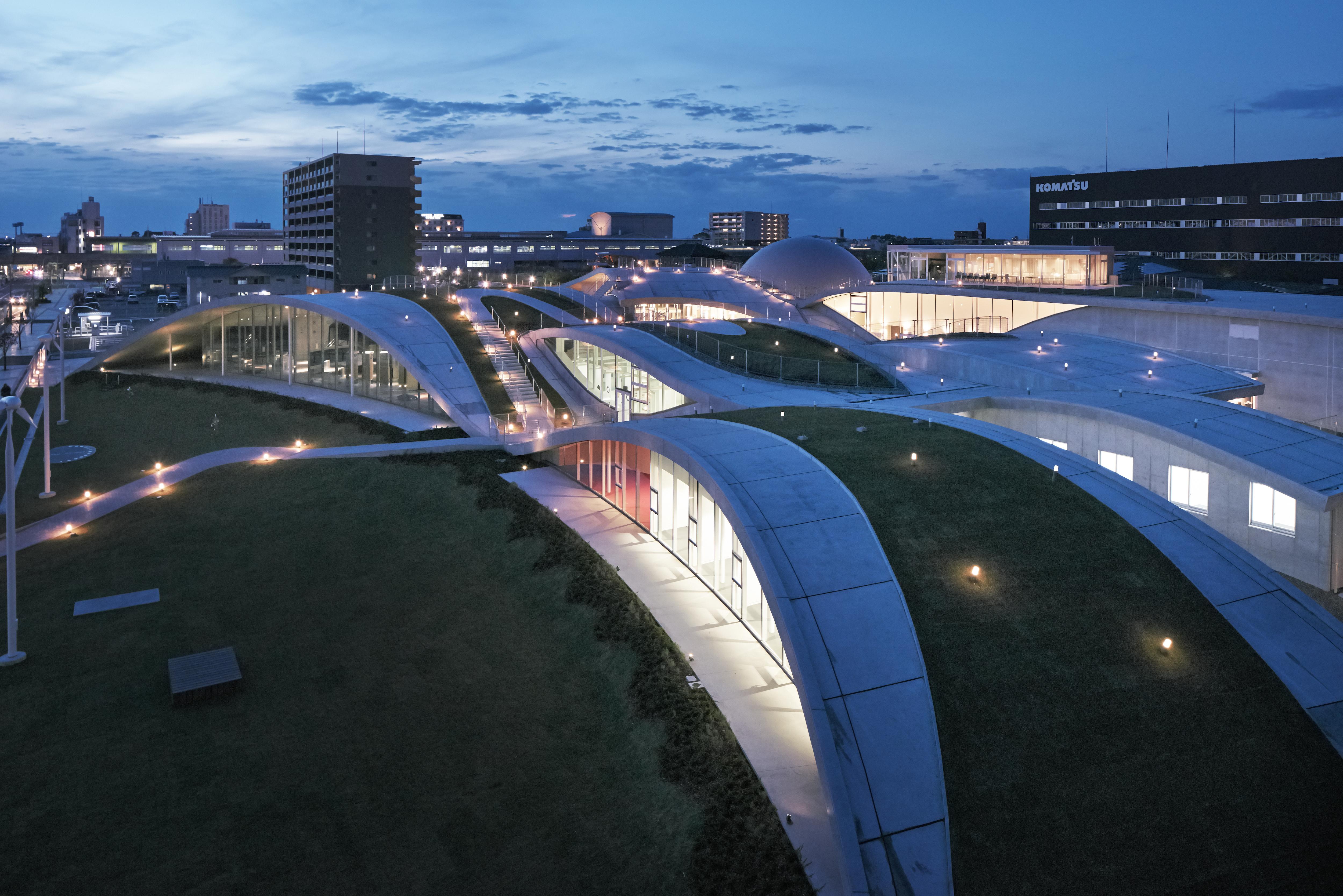 〔안정원의 건축 칼럼〕 경관과 통합하는 풍경화된 건축의 역동적이면서 실험적인 디자인 2