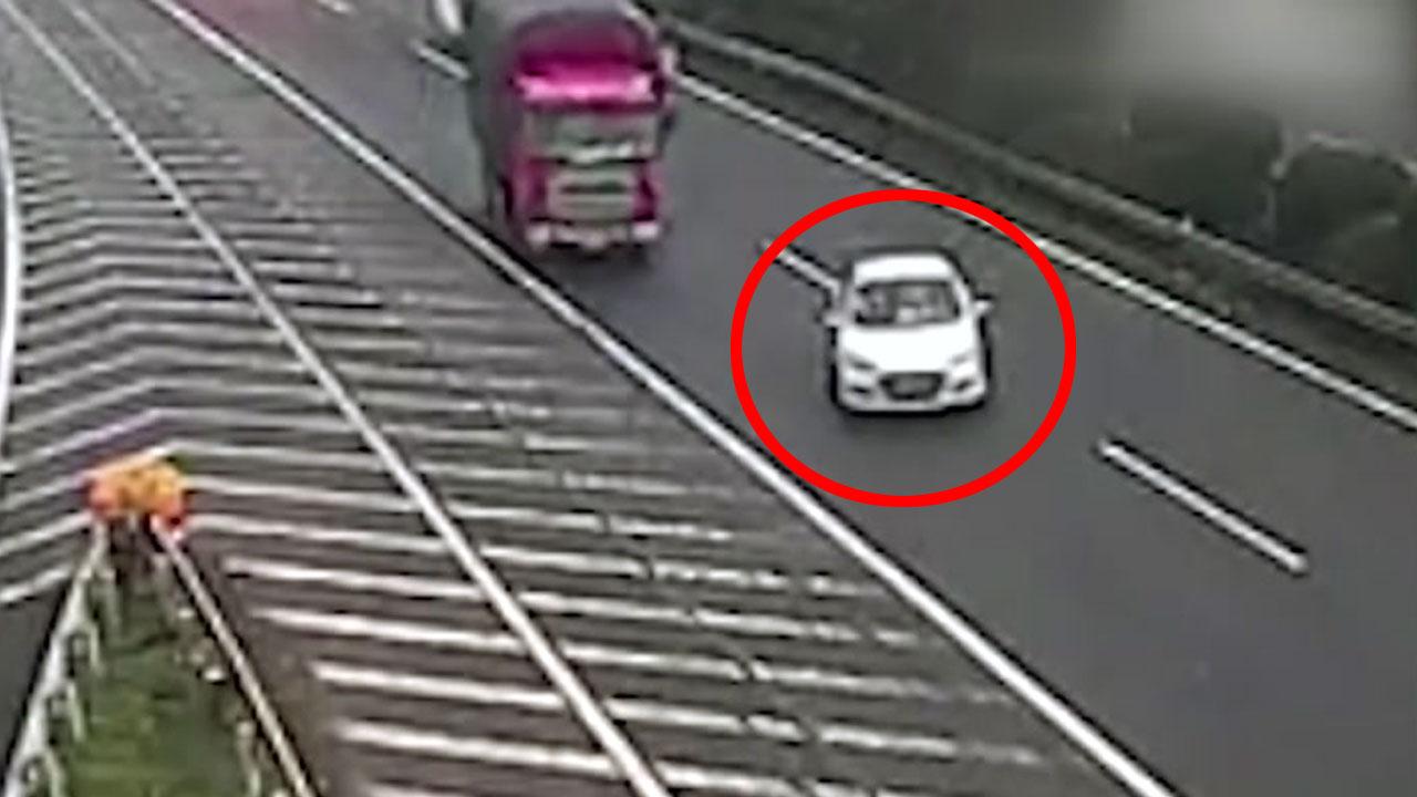 '출구는 포기 못 해'...사고 유발한 민폐 운전자