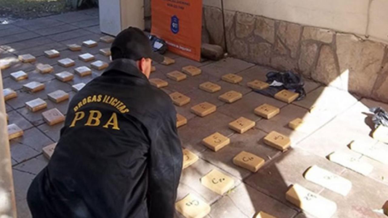 """경찰서에서 증발한 마리화나 540kg... 경찰, """"쥐가 먹었다"""""""