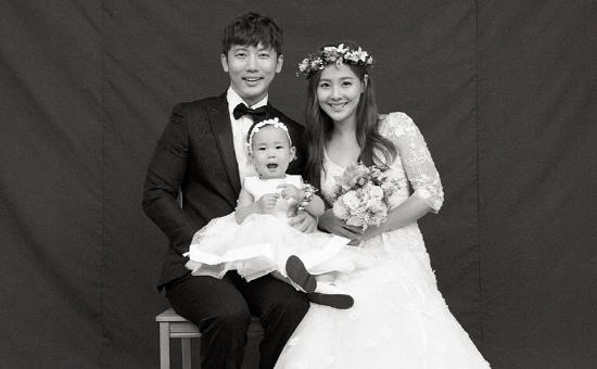 """기태영♥유진, 로희 동생 생겼다 """"내년 가을 둘째 출산예정"""""""