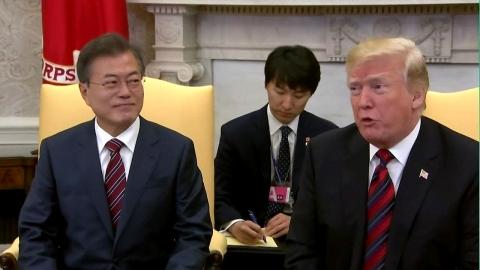"""한미 정상 """"북미정상회담 성공 위해 노력"""""""
