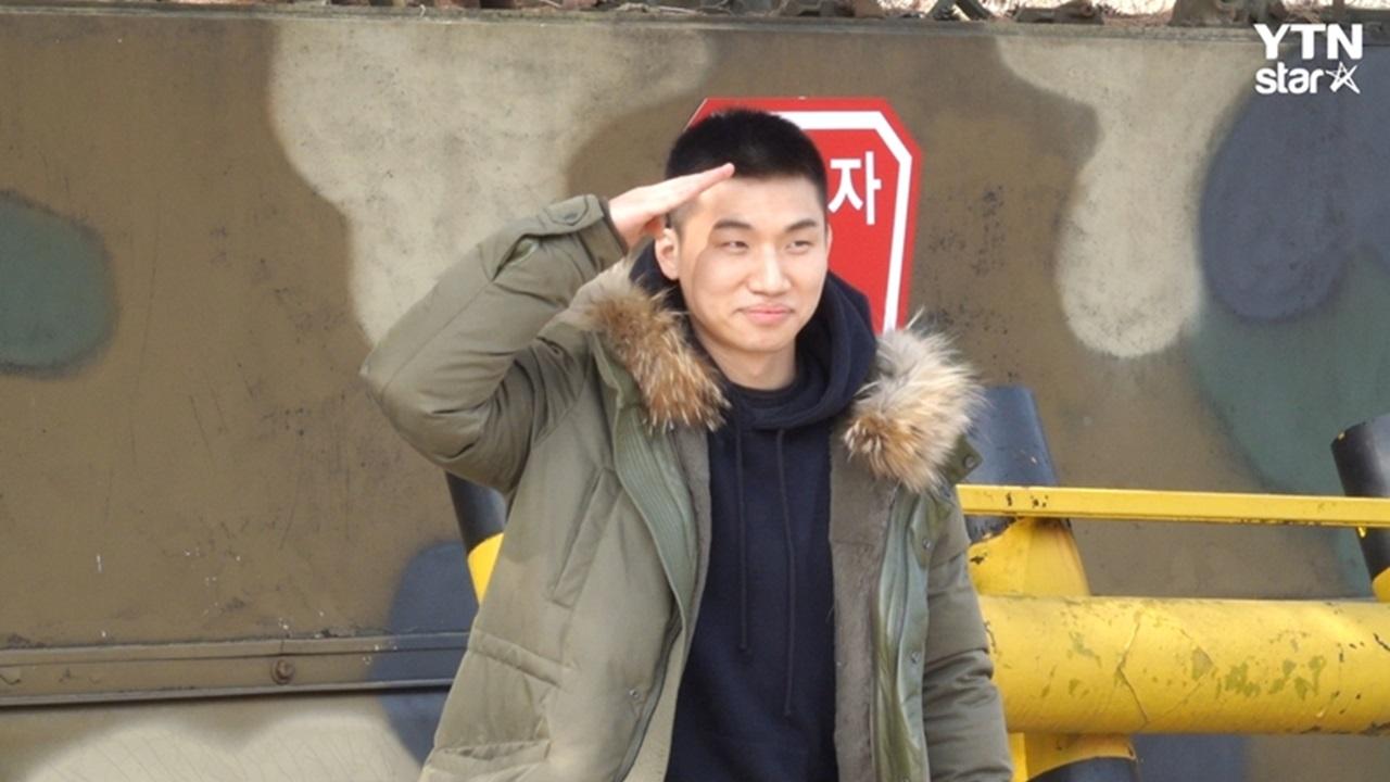 "YG 측 ""대성, 후두염으로 국군병원 치료…퇴원해 자대 복귀"""