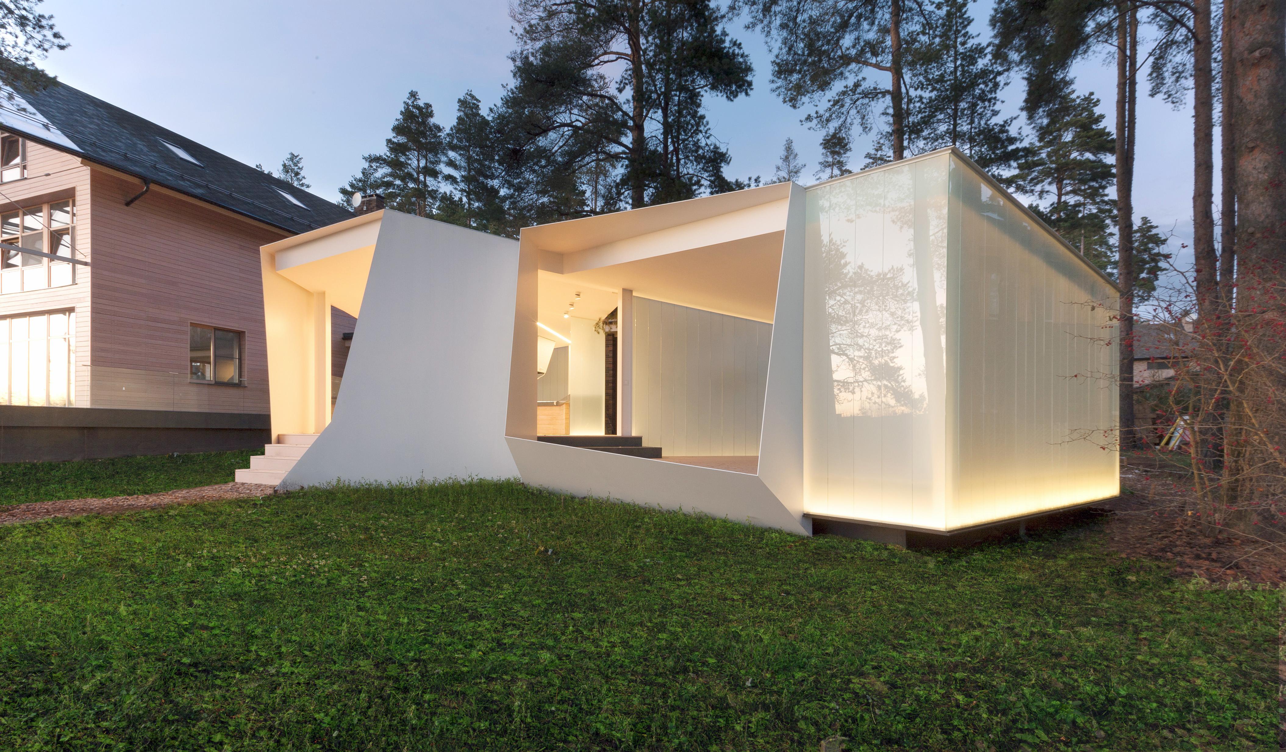 〔안정원의 건축 칼럼〕 숲을 보호하는 기하학적인 배치와 다이내믹한 파빌리온 공간 1