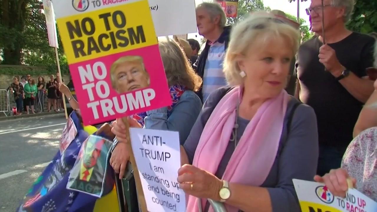 트럼프, 영국 첫 방문...곳곳 항의시위
