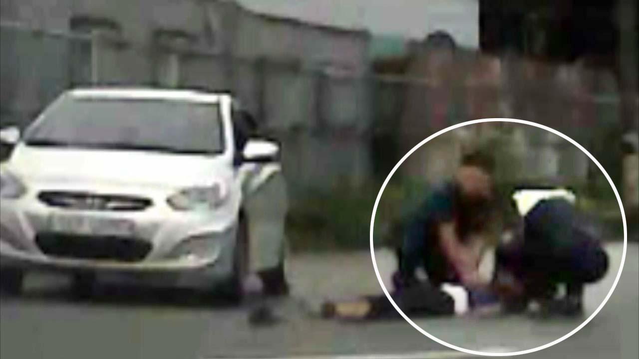 [영상] 의식 잃은 운전자...심폐소생술로 구한 경찰