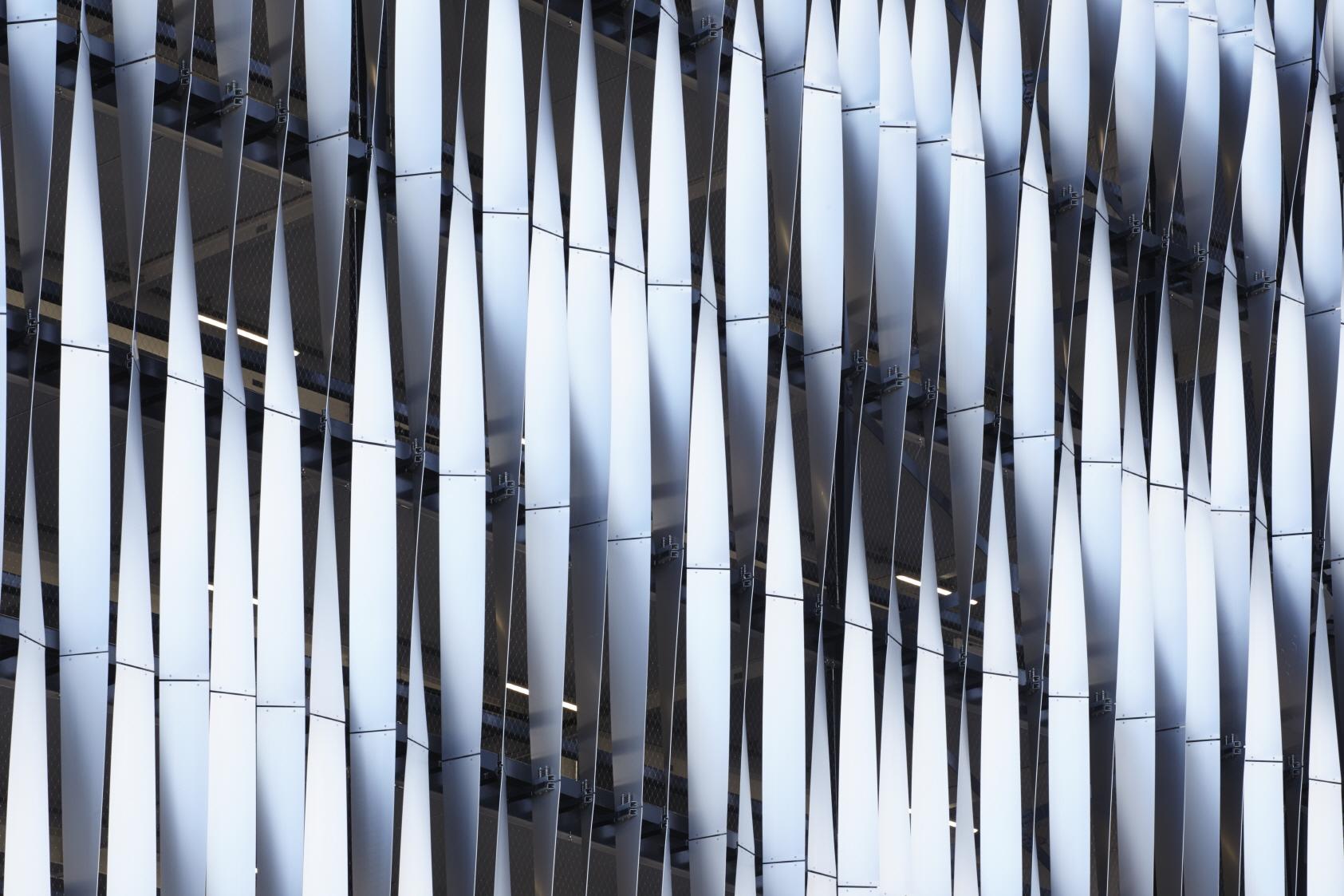 〔안정원의 건축 칼럼〕 지역의 맥락성을 고려한 입체적인 파사드와 다이어그리드 패턴 공간 7