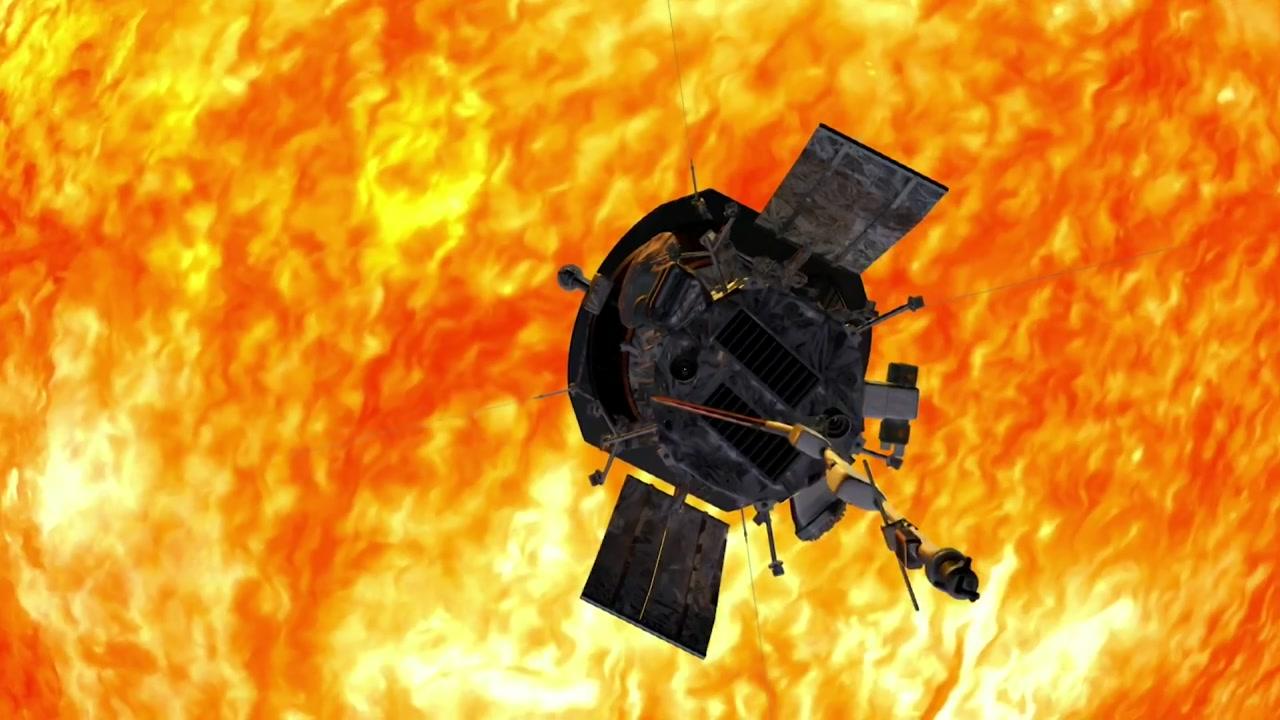 태양 비밀 밝히러 뜨거운 불 속으로...'파커' 탐사선 발사