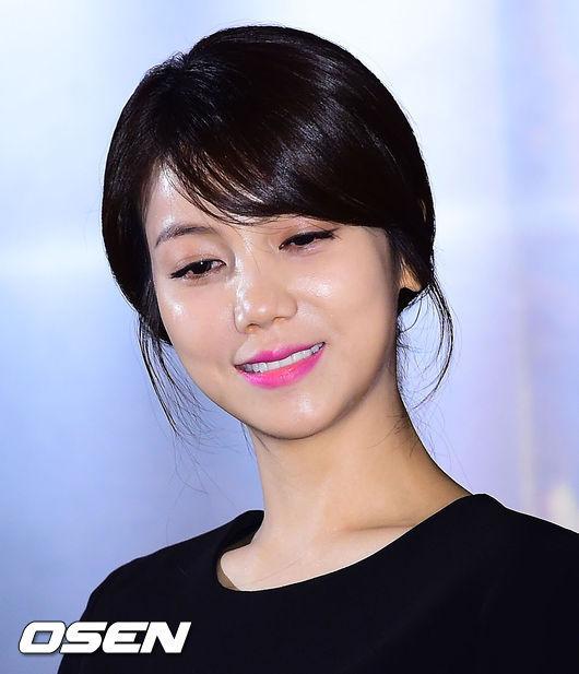 """'유나의거리' 김옥빈 """"티저촬영? 한석규 딸이라 생각하고 연기""""_이미지"""