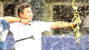 남자 양궁 오진혁,'비도 날 막을 수 없어'