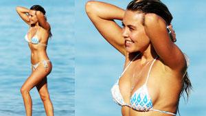 우크라이나 모델, 해변에서 아찔한 비키니 자태