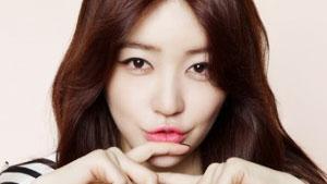 윤은혜 핑크빛 화보, '러블리 걸의 정석'