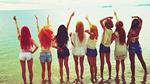 """소녀시대, 바다가 화끈한 8인 뒤태 과시..""""여름은 파티"""""""
