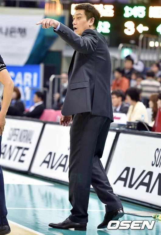 KB스타즈 박재헌 수석코치,'마크는 확실히 해줘'