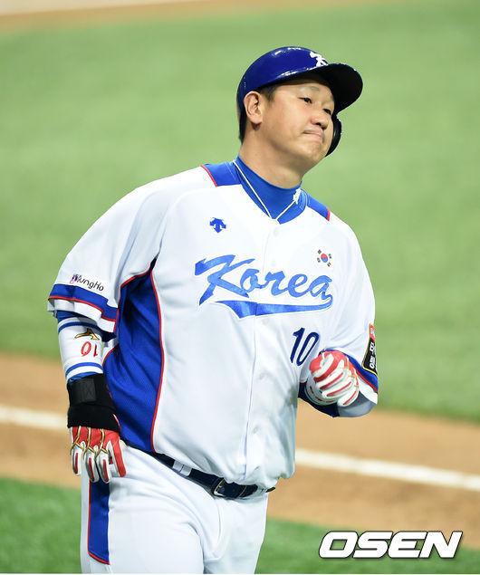 이대호, '고척스카이돔, 첫 홈런을 노렸는데'
