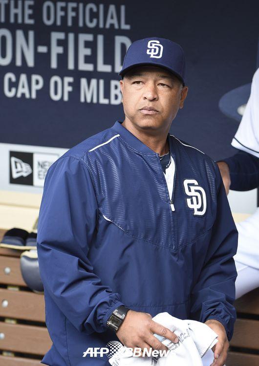 LA 다저스, 새 감독 후보로 로버츠 급부상