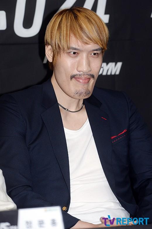 """최홍만 """"아오르꺼러, 예의 없어…버르장머리 고쳐놓을 것:"""