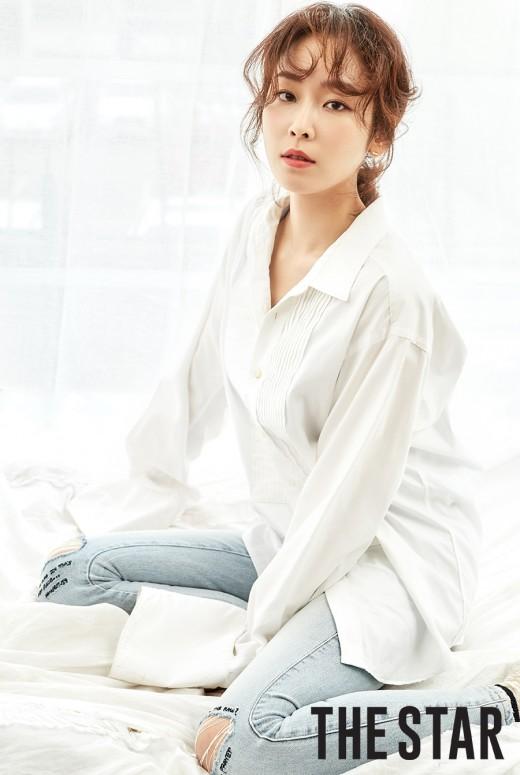흰티+청바지…서현진이 해냅니다 '분위기 깡패'