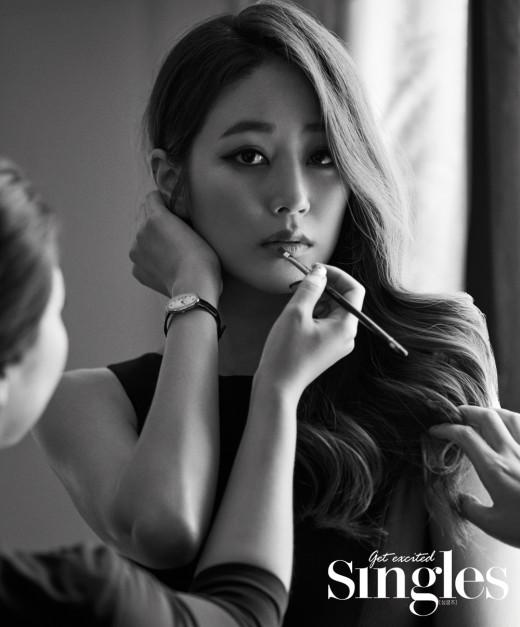 김효진, 클래식한 매력에 흠뻑 _이미지2
