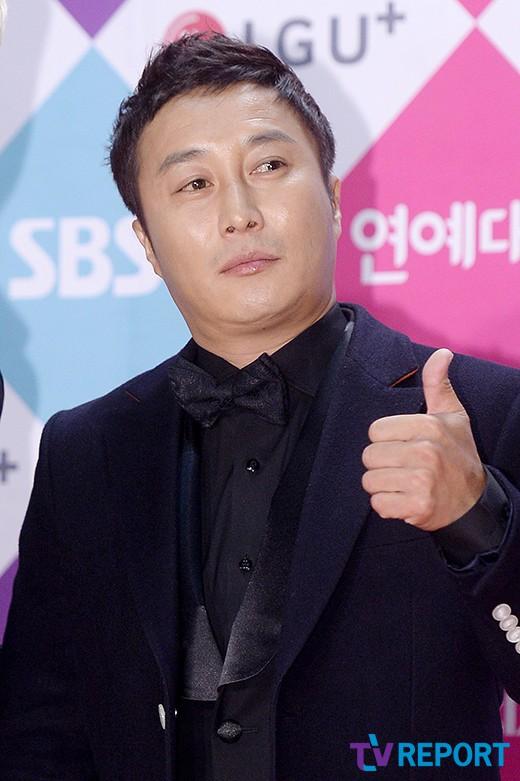 """'주먹쥐고 뱃고동' 12일 종영…PD """"김병만과 돌아올것""""_이미지"""