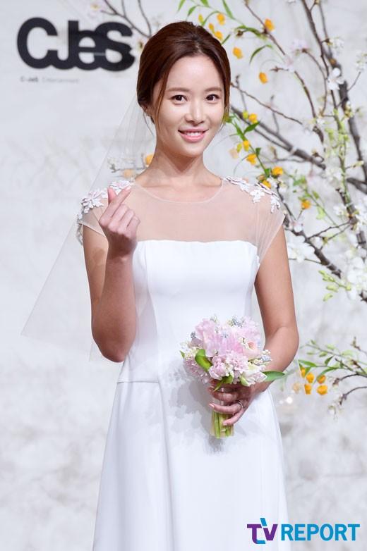 """황정음 오늘(15일) 득남 """"광복절이라 더욱 기뻐"""""""