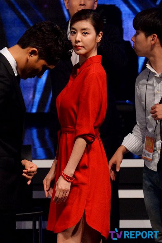 """김규리, 연예인 블랙리스트에 분노 """"이 몇 자에 훌쩍 간 나의 30대""""_이미지"""