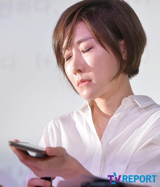 """""""무릎꿇고 벌받을게""""…곽현화 폭로한 감독의 민낯"""