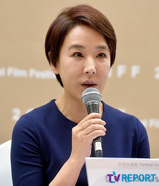 """'BIFF' 강수연 """"모든책임 지고 사퇴..보이콧은 해결중"""""""
