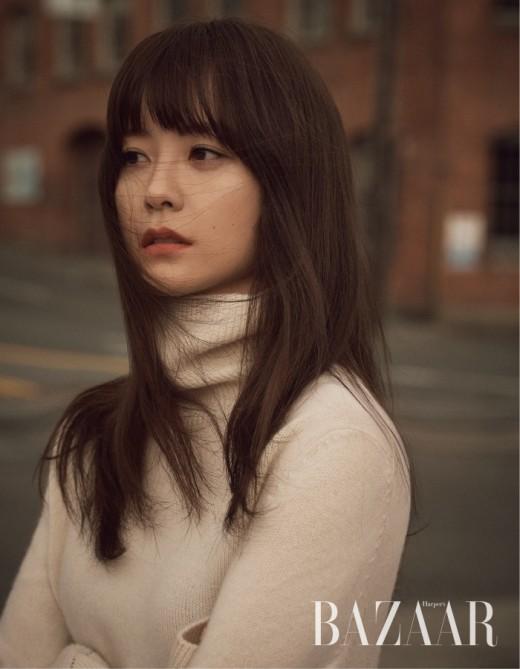 정유미, '윤식당' 속 털털함 벗었다…우아美 정석 _이미지