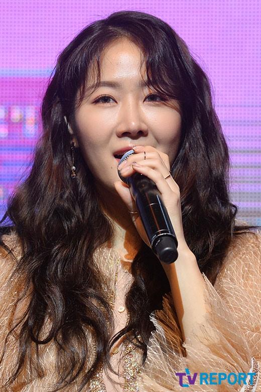 씨스타→솔로가수…2막 여는 소유