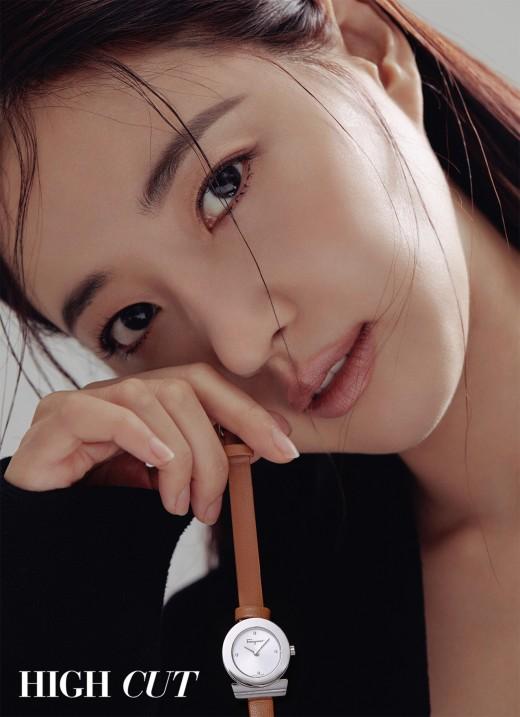 """""""걸어다니는 여신""""...김사랑의 미모가 진리_이미지3"""