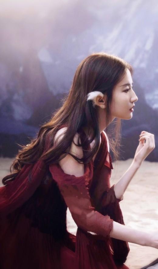 """""""올해도 미모 열일"""" 유역비, 촬영 대기중 청순 존재감"""