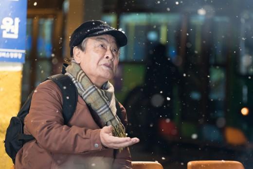 """""""병풍 아닌 주연""""…"""