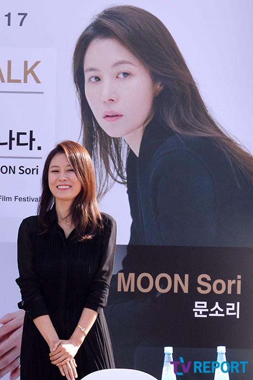 """""""놀라운 데뷔작""""…문소리 감독 '여배우는오늘도' 우디네경쟁초청"""